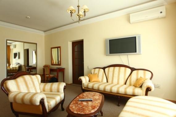 Гостиница  Атал