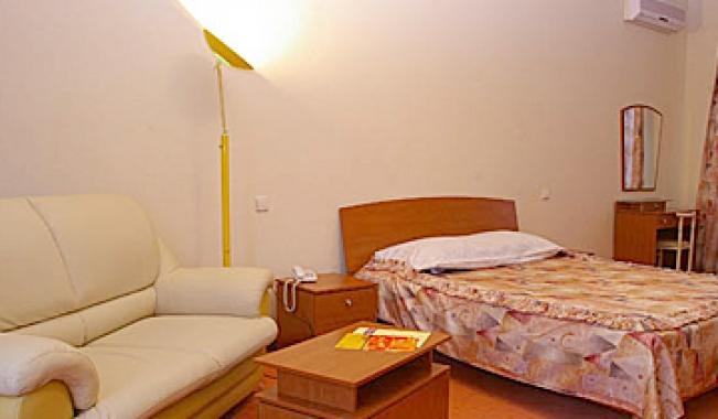 Янаис, ресторанно-гостиничный комплекс