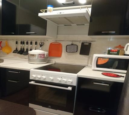 DenrusIra 62м2 3 комнаты, кухня, до 8 чел.