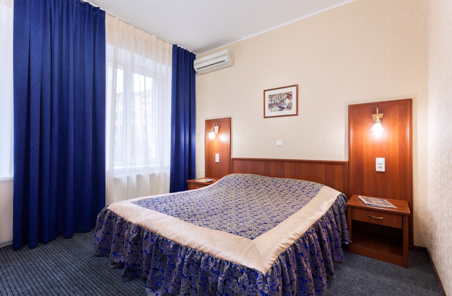 Отель Александер Плац