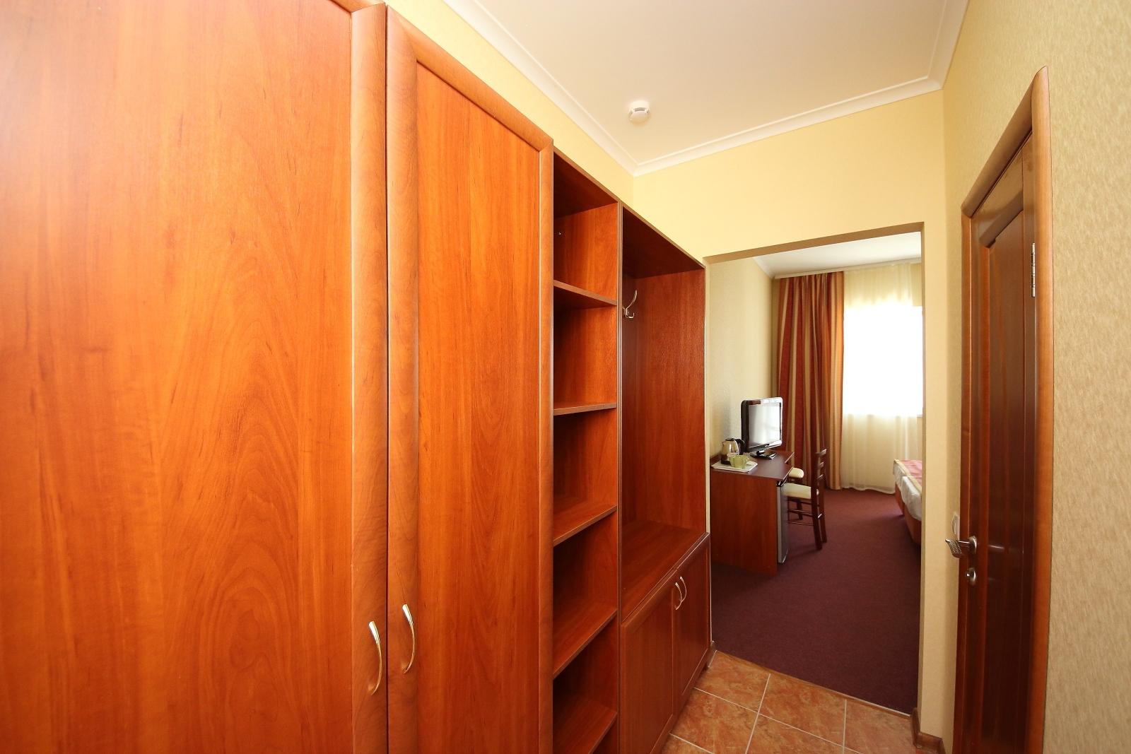 Нова-Отель