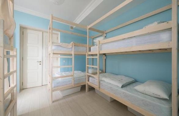 хостел или меблированная комната?